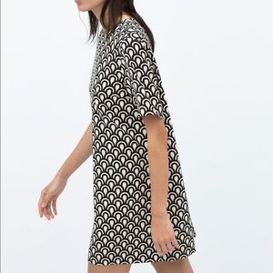 Zara black and white mod print shift dress